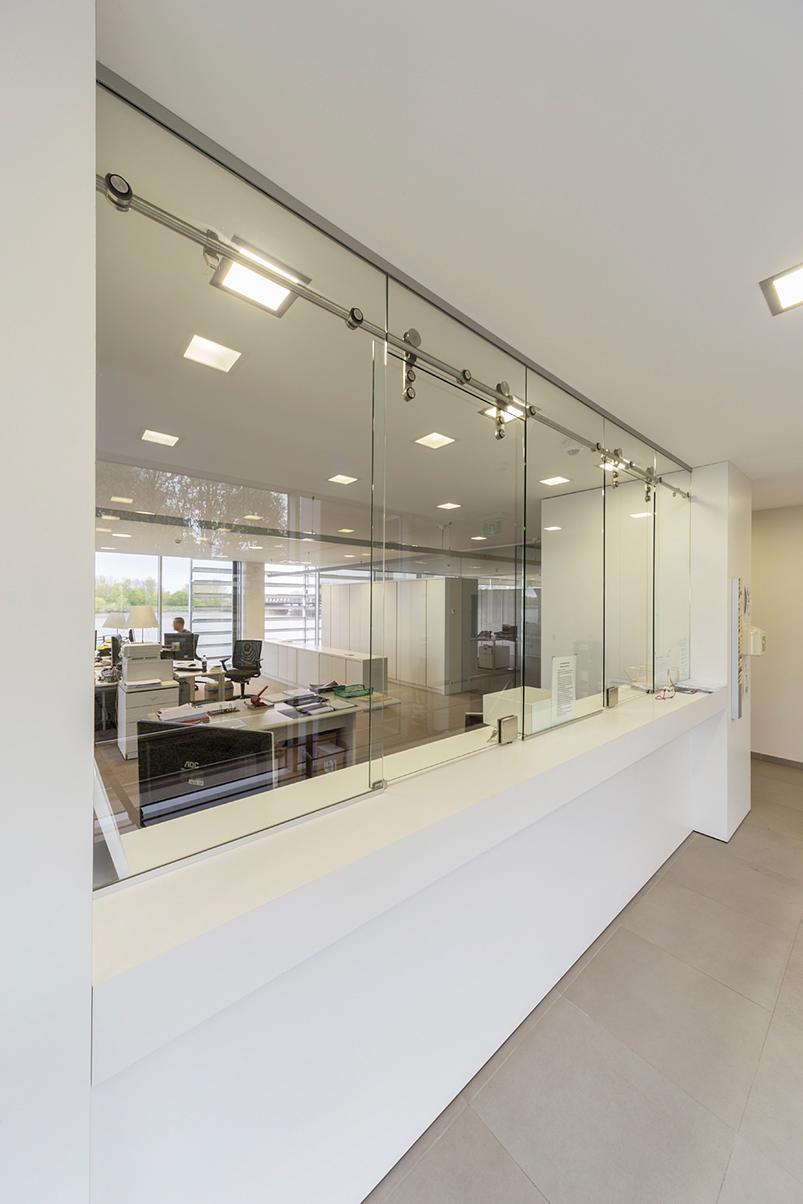 Schuifwand van glas | Timmers BV
